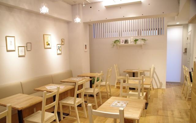 マドレーヌラパンのカフェエリア