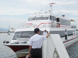琵琶湖に浮かぶパワースポット 竹生島:長浜港到着