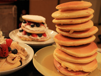 今人気のホットケーキを作って食べ比べ:これは絶対やりたかった!パンケーキタワー!!2